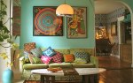 Flickr-Wary-Meyers-Colourful-Living-Room-via-archzine_org